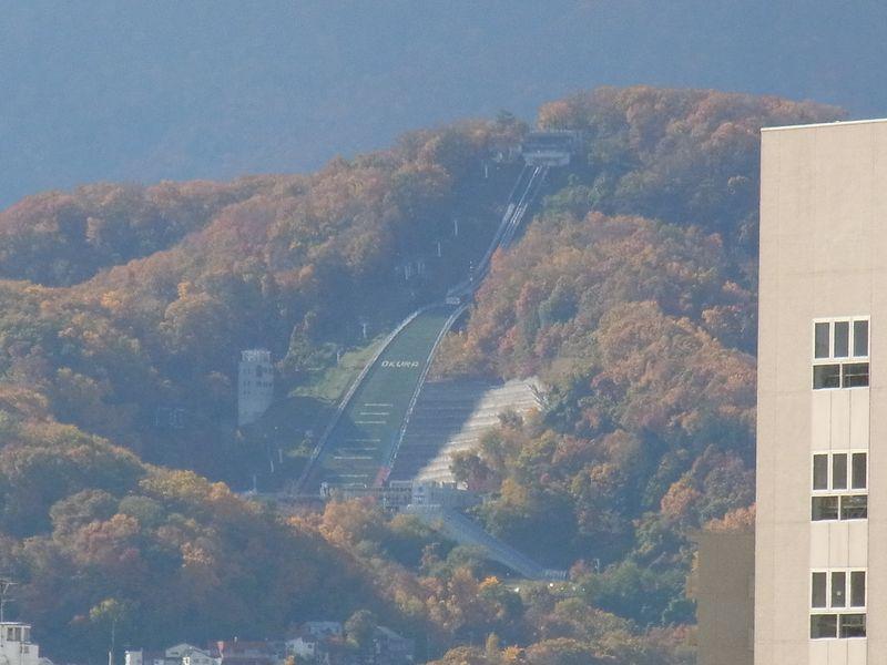 秋一色 (平地から山へ)_c0025115_1935170.jpg