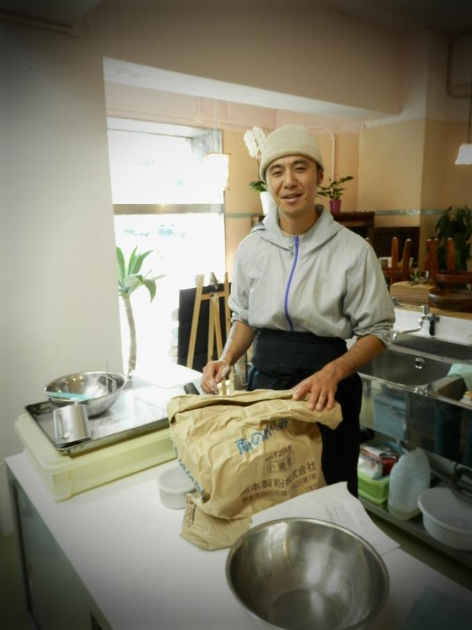第1回「天然酵母パン」料理教室★_a0125419_1857078.jpg