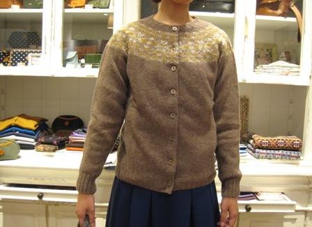 この冬も編みこみニットが着たいですね。_c0227633_22252986.jpg