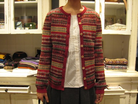 この冬も編みこみニットが着たいですね。_c0227633_22291121.jpg