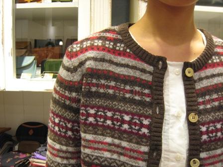 この冬も編みこみニットが着たいですね。_c0227633_22301337.jpg
