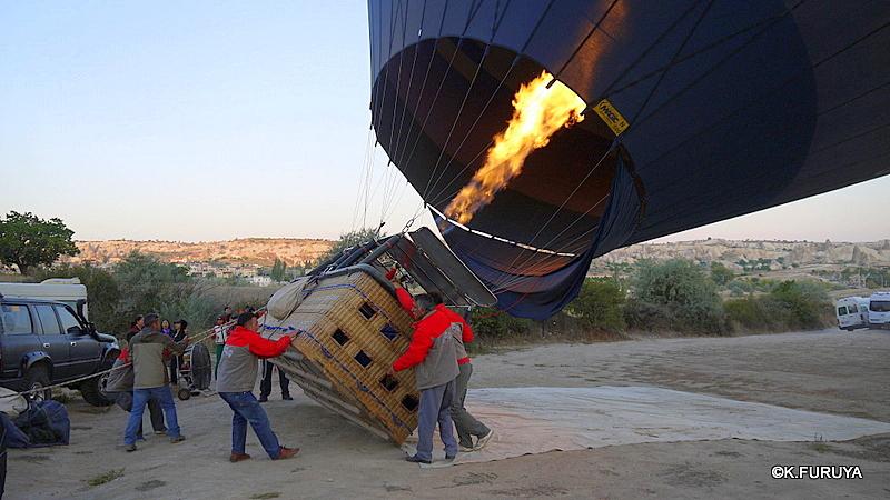 トルコ旅行記 16 感動の気球体験!_a0092659_1923584.jpg