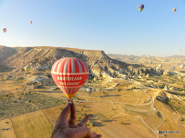 トルコ旅行記 16 感動の気球体験!_a0092659_19551890.jpg
