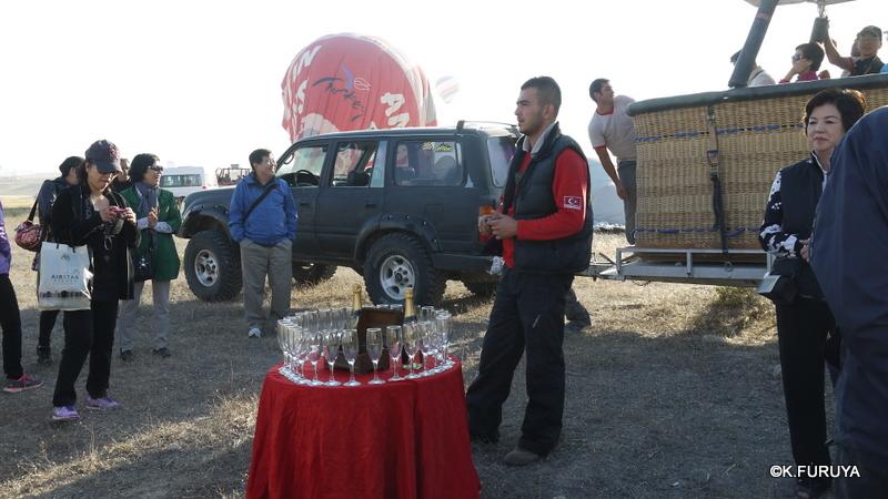 トルコ旅行記 16 感動の気球体験!_a0092659_2061690.jpg