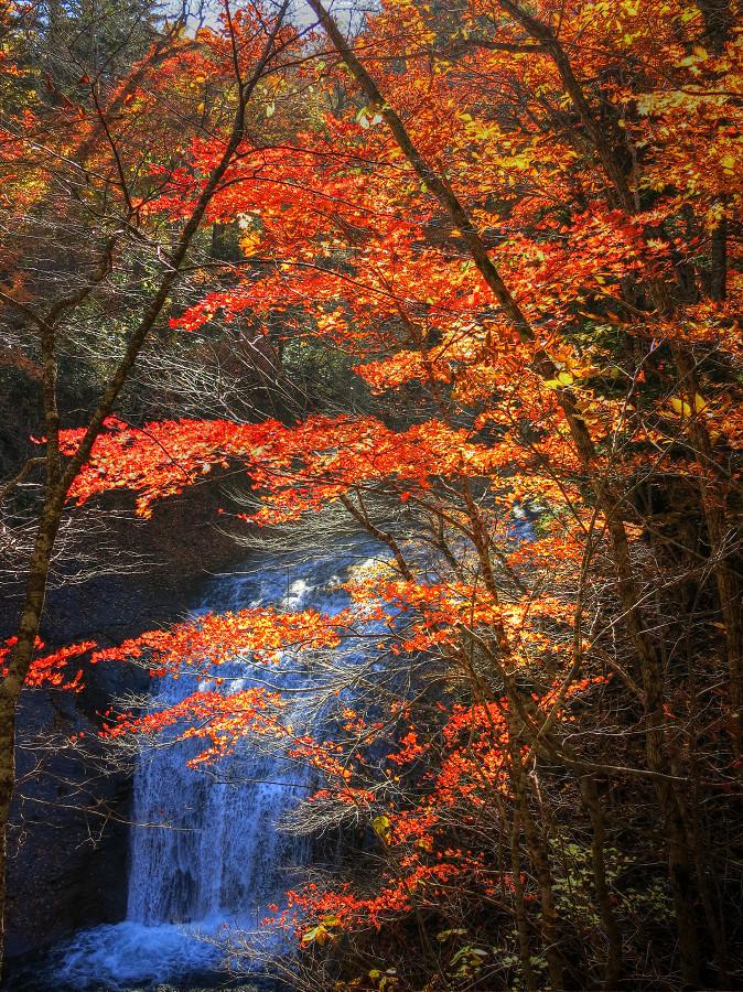 恵庭渓谷 白扇の滝_a0160581_14312550.jpg