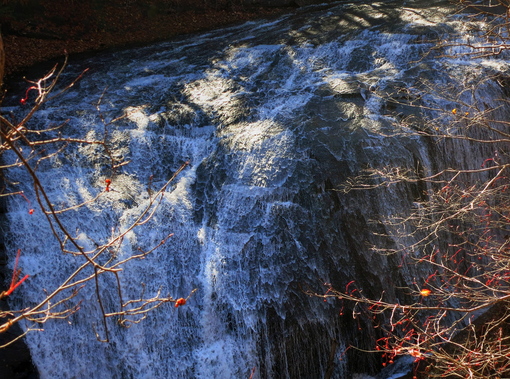 恵庭渓谷 白扇の滝_a0160581_14344061.jpg