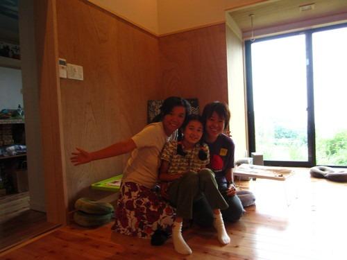 屋久島の木を磨くワークショップ@鎌倉ソンベカフエそして秋谷_b0160957_1014545.jpg