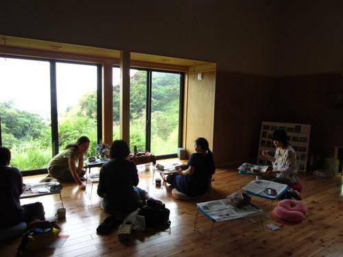 屋久島の木を磨くワークショップ@鎌倉ソンベカフエそして秋谷_b0160957_9534151.jpg