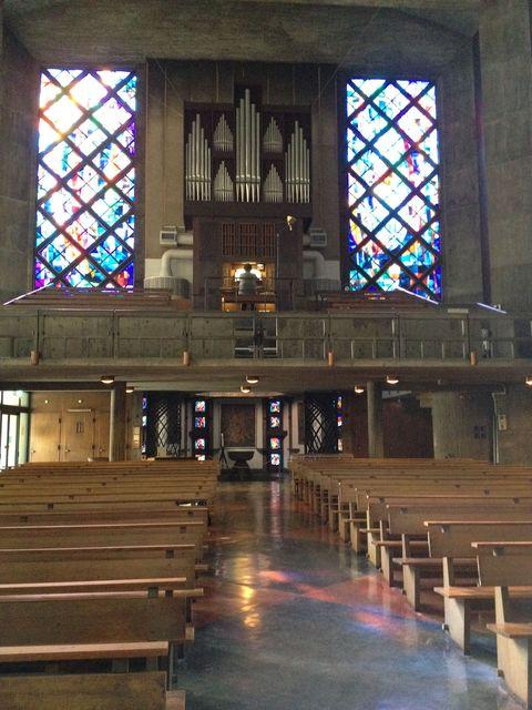 聖アンセルモ目黒教会│レーモンドの教会建築 その2_b0274159_232111.jpg