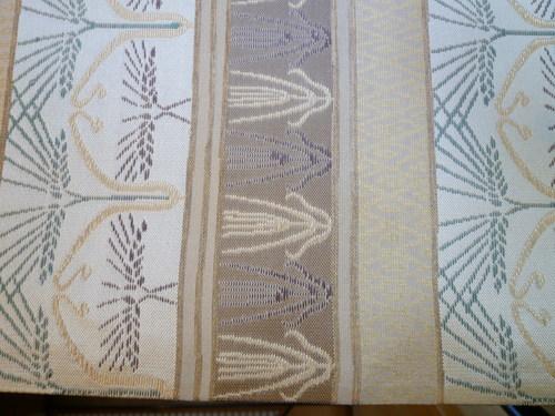 手織袋帯  『 ラ・レコルト 』   <工芸帯地 洛風林の帯>_d0159384_22313314.jpg