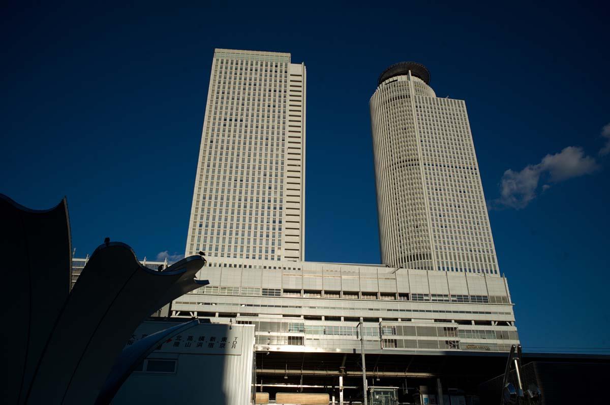 名古屋へ。_a0271402_21435576.jpg