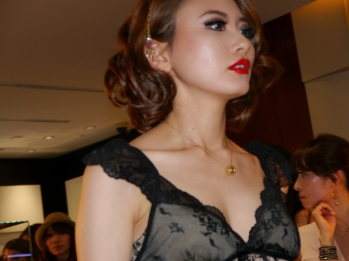 ISHIDA表参道のGAGAパーティに亀田興毅さんらもお目見え_f0039351_1449767.jpg