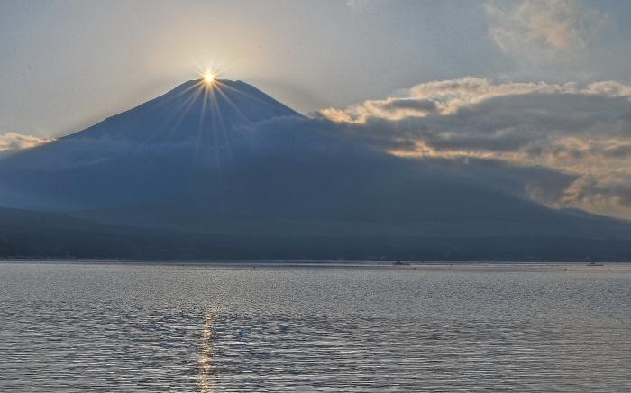 山中湖村ダイヤモンド富士_a0150260_0593689.jpg