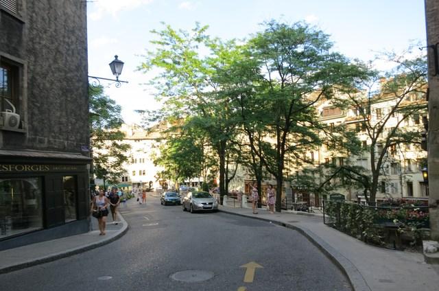 ジュネーブの旧市街3_e0233674_20553013.jpg