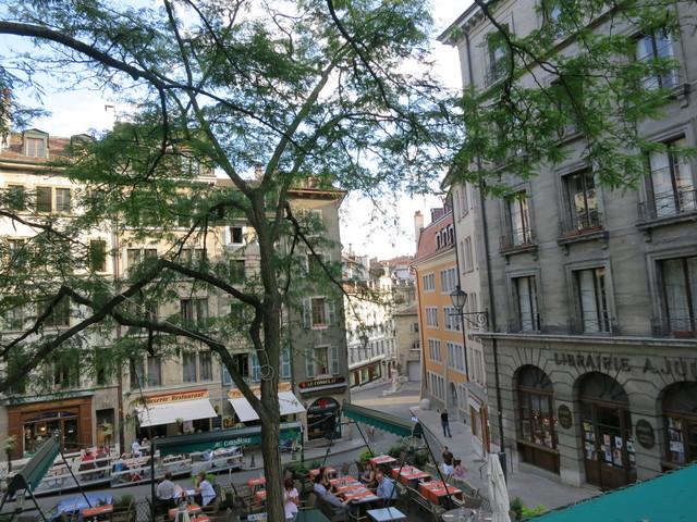 ジュネーブの旧市街3_e0233674_20564874.jpg