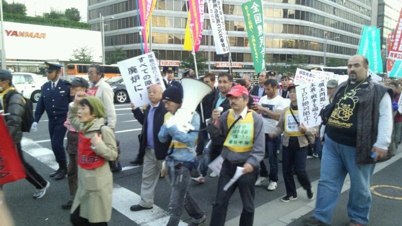 11・4労働者集会デモ_a0238678_1935637.jpg