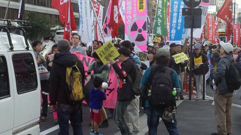 11・4労働者集会デモ_a0238678_194613.jpg