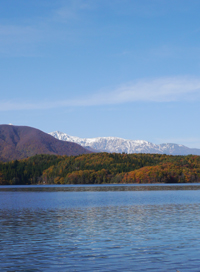 秋の青木湖_b0142989_2130554.jpg