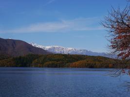 秋の青木湖_b0142989_22351345.jpg