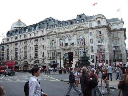 ロンドン街歩き_d0227610_18562460.jpg