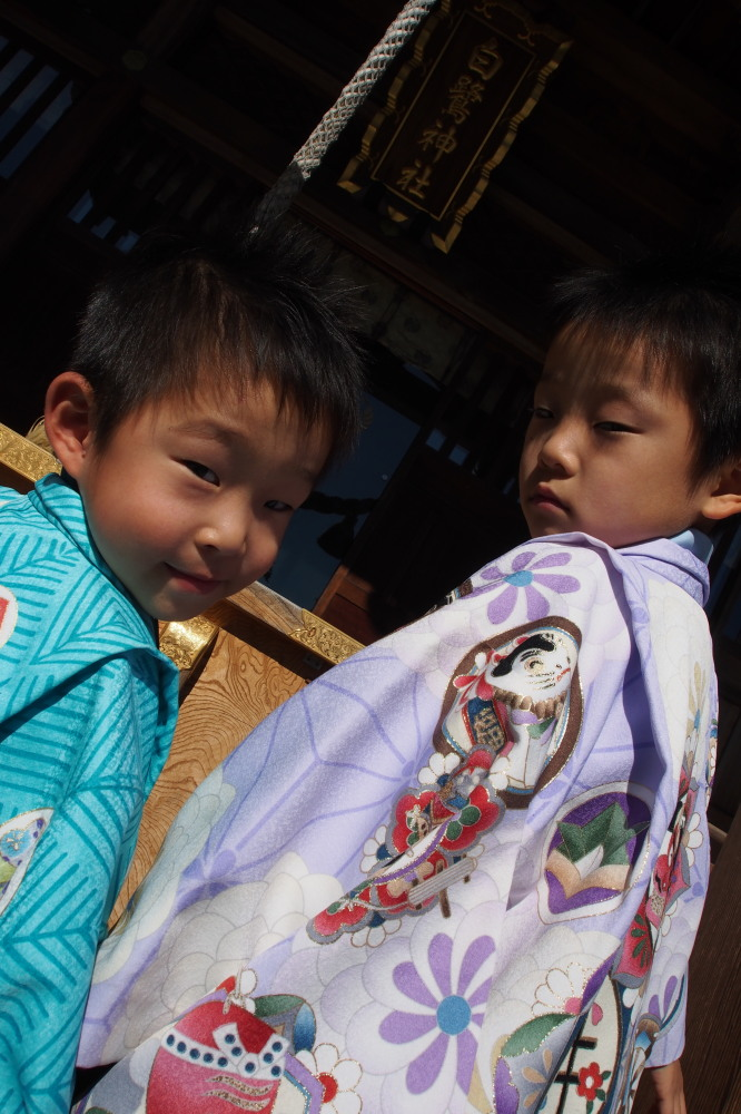 子供の成長記録簿「お宮参り&七五三」_d0122640_1118101.jpg