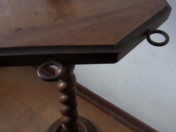 木製六角小テーブル   半額      _f0112550_20399.jpg