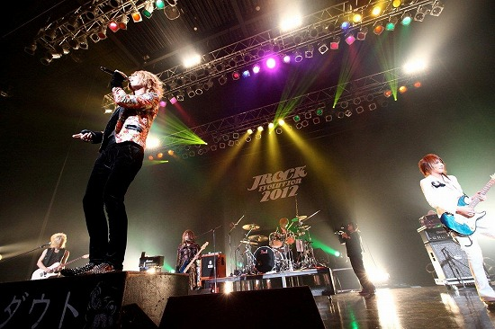【JROCK EVOLUTION 2012】ファイナル公演レポート!2013年も開催決定_e0197970_19235166.jpg