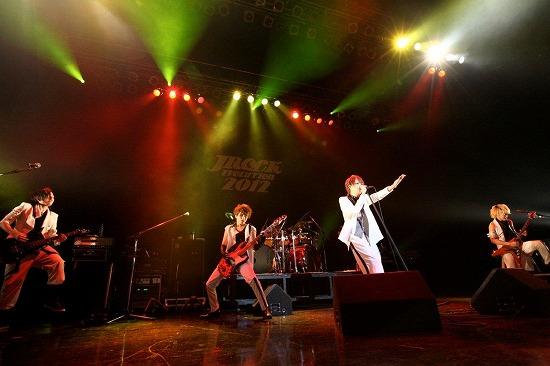 【JROCK EVOLUTION 2012】ファイナル公演レポート!2013年も開催決定_e0197970_19244495.jpg