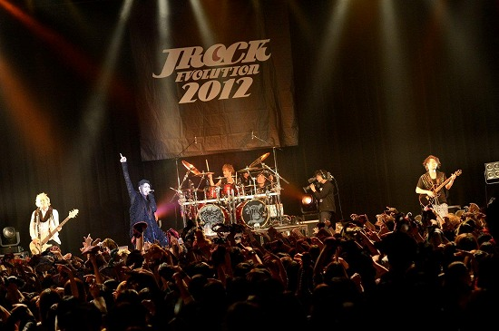 【JROCK EVOLUTION 2012】ファイナル公演レポート!2013年も開催決定_e0197970_19245842.jpg