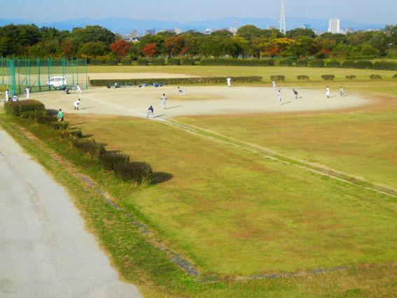 杭瀬川スポーツ公園 : 大垣