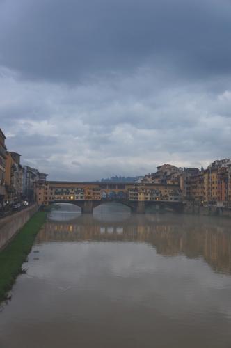 46年前のフィレンツェノ洪水の話_f0106597_354328.jpg