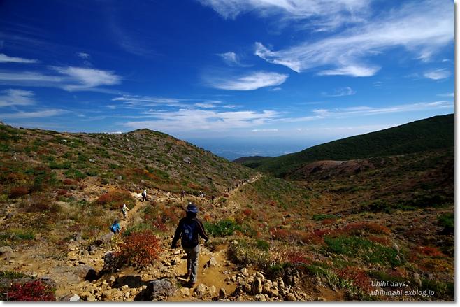 紅葉の絶景ハイキング! 安達太良山_f0179404_21112555.jpg