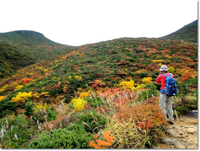 紅葉の絶景ハイキング! 安達太良山_f0179404_21164094.jpg