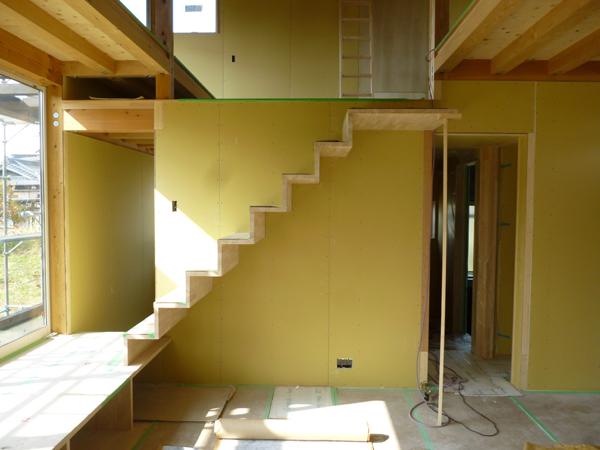 常滑N邸 片持ち階段施工中!_c0225122_2174561.jpg