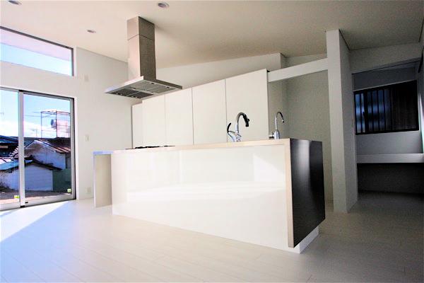 大きなアイランドキッチン「佐久の家」_f0230666_11121920.jpg