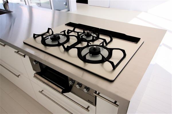 大きなアイランドキッチン「佐久の家」_f0230666_1117033.jpg