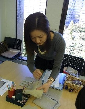 刺繍のカフェマット作り*レッスン_f0224568_20412048.jpg