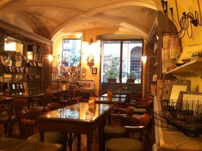 サルザーナのカフェへ_d0136540_5415495.jpg