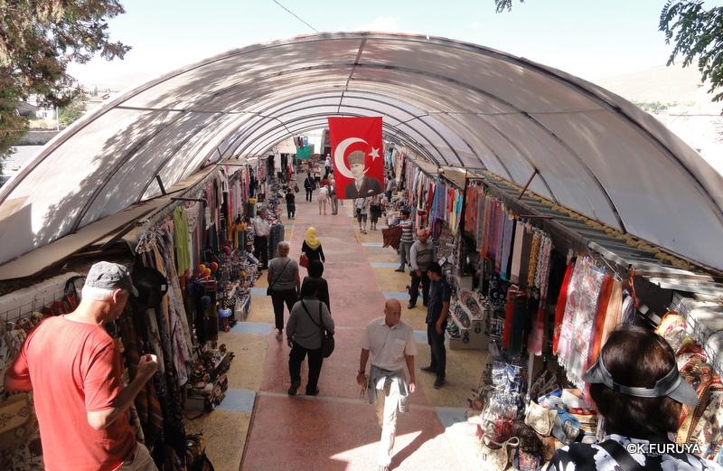 トルコ旅行記 18 カッパドキア カイマクル地下都市_a0092659_2554667.jpg