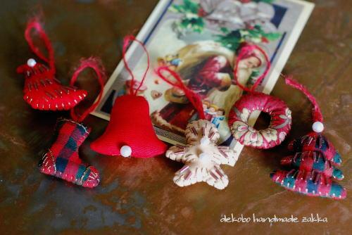 小さなクリスマスオーナメント_d0091671_8231056.jpg