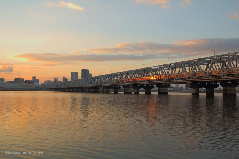 鉄橋の夜明け_b0208495_21441680.jpg