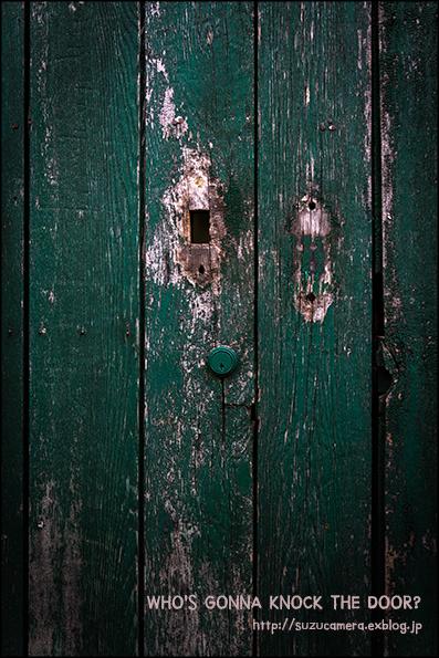 WHO\'S GONNA KNOCK THE DOOR?_f0100215_22561778.jpg