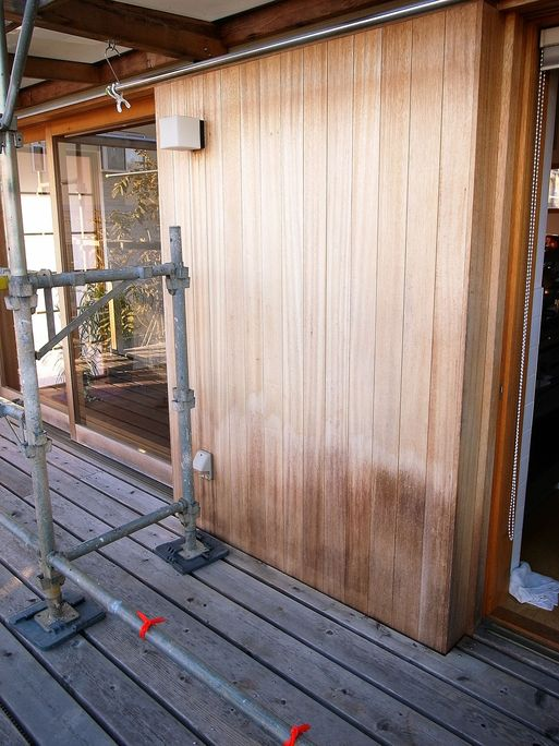 Nさんのいえ(2008) 外部木部メンテナンス塗装工事中 2012/11/8_a0039934_175534.jpg