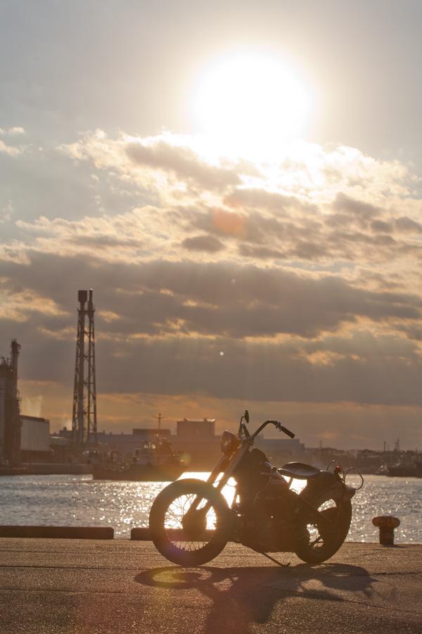The beautiful sun and beautiful motorcycle!_a0148850_13174027.jpg