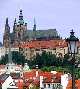 チェコの大統領選にトミオ・オカムラ氏が立候補_f0046622_240492.jpg