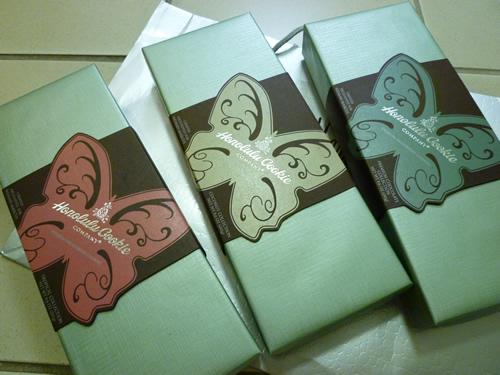 NeimanMarcus(ニーマン・マーカス)限定のPremium Butterfly Shortbread Cookies@ハワイでごはん2012秋_c0152767_21444981.jpg