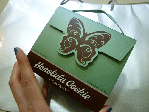NeimanMarcus(ニーマン・マーカス)限定のPremium Butterfly Shortbread Cookies@ハワイでごはん2012秋_c0152767_21452728.jpg