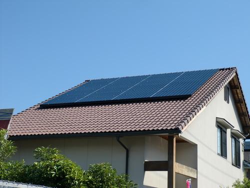 廿日市市 K様邸・太陽光発電システム設置工事_d0125228_2372940.jpg