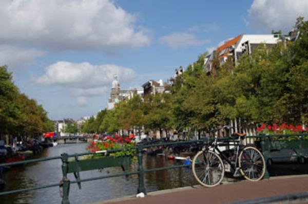 自転車のある風景ーオランダ(9月4日~)_a0074540_1114742.jpg
