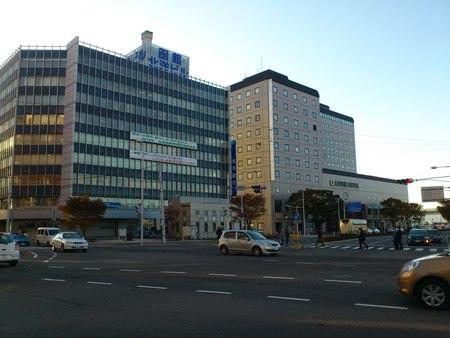函館駅前の写真_b0106766_1744371.jpg